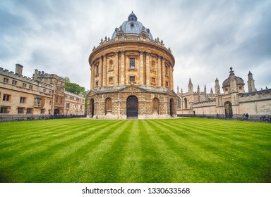 OXFORD, ENGLAND – MAY 15, 2009: The view of Radcliffe Camera in the center of Radcliffe Square. It was built to house Science library and now serving as reading room for the Bodleian library. Oxford U