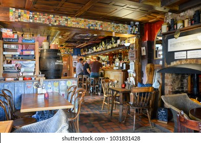 Oxford England UK 05/03/2016: The Old Bookbinders Ale House, Victorian tavern