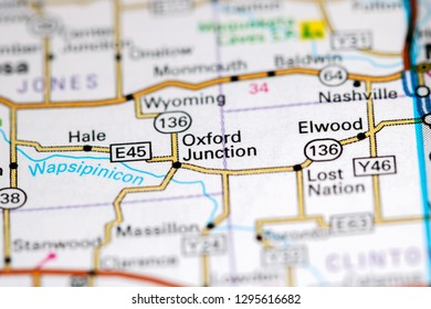 Oxford Junction. Iowa. USA on a map