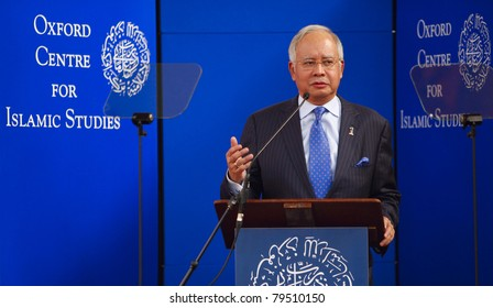 OXFORD - MAY 16: Prime Minister of Malaysia, Dato' Sri Mohd Najib Tun Razak delivering a lecture at the Sheldonian Theatre University of Oxford during a working visit to the UK May 16, 2011 in Oxford.
