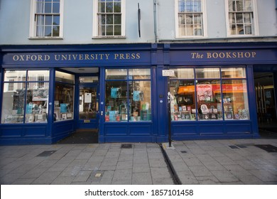 Oxford, Oxfordshire, UK 09 15 2020 The Oxford University Press bookshop in Oxford in the UK