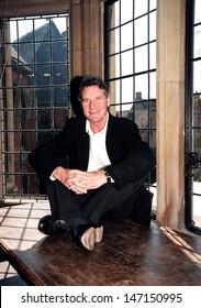 "Oxford, UK. Michael Palin signing copies of his ""Michael Palin's Hemingway Adventure"" book at Blackwells book shop. 12 December 2000 Andy Lomax/Landmark Media"