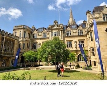 Oxford University, Oxford, UK - 28th June 2018: Prospective Students exploring campus of Oxford University and its colleges on a summer day.  Conceptual image of education and tourism.