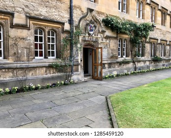 Oxford University, Oxford, UK - 28th June 2018:Architecture of Oxford University and its colleges on a summer day.  Conceptual image of education and tourism.