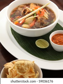 oxtail soup asian food