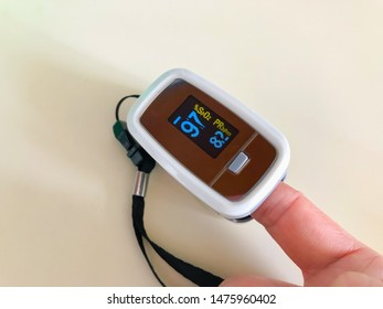 Oxygen saturation and pluse oximeter