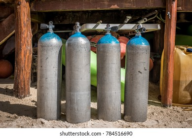 oxygen tanks for breathing