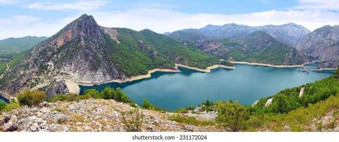 Oymapinar Dam built on the Manavgat river in Turkey in 1984