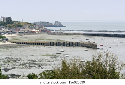 Oyster capital Cancale in Brittany, France