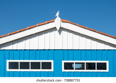 Oyster hut blue white red
