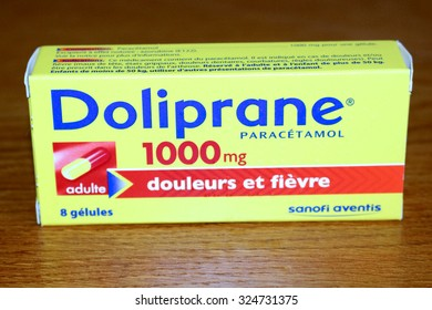 OZOIR LA FERRIERE, FRANCE - OCTOBER 7, 2015: Box of Tylenol in ozoir la Ferriere, France. Acetaminophen is the active ingredient of many drug specialties in the class of painkillers.