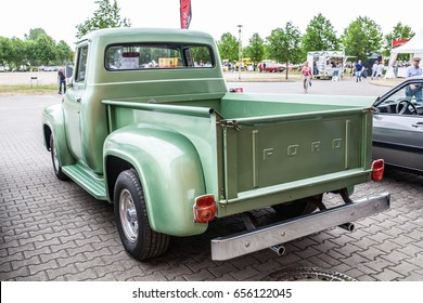 Vintage ford pick up