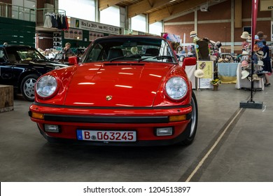 PAAREN IM GLIEN, GERMANY - MAY 19, 2018: Sports car Porsche 911 Coupe Carrera G-Modell 915, 1986. Die Oldtimer Show 2018.