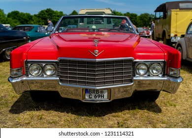 PAAREN IM GLIEN, GERMANY - MAY 19, 2018: Full-size luxury car Cadillac de Ville convertible (third generation), 1970. Die Oldtimer Show 2018.