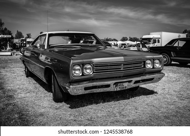 PAAREN IM GLIEN, GERMANY - MAY 19, 2018: Mid-size car Plymouth Satellite Sport, 1968. Black and white. Die Oldtimer Show 2018.