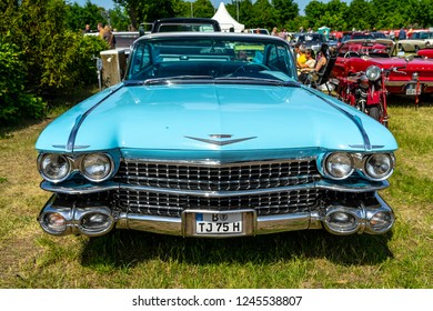 PAAREN IM GLIEN, GERMANY - MAY 19, 2018: Full-size luxury car Cadillac Coupe de Ville, 1960. Die Oldtimer Show 2018.