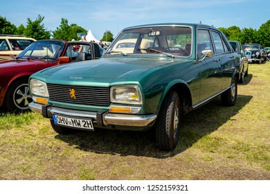 PAAREN IM GLIEN, GERMANY - MAY 19, 2018: Large family car Peugeot 504. Die Oldtimer Show 2018.