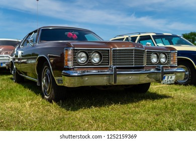 PAAREN IM GLIEN, GERMANY - MAY 19, 2018: Full-size car Ford Galaxie LTD, 1974. Die Oldtimer Show 2018.