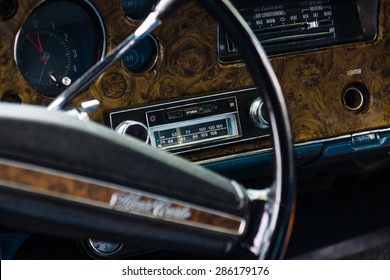 PAAREN IM GLIEN, GERMANY - MAY 23, 2015: Cabin of the personal luxury car, Chevrolet Monte Carlo. The focus in the background. The oldtimer show in MAFZ.