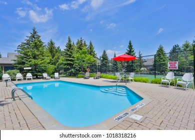 Pablic Swimming pool in Toronto Area