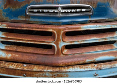 Pacific Beach / United States – August 16, 2015: The emblem and grill of a 1956 Studebaker Transtar at Charger Steve's Wild Rides and Classic Car Showdown.