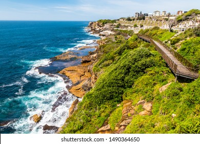 Pacific ocean coastline view from the Bondi to Coogee walk in Sydney