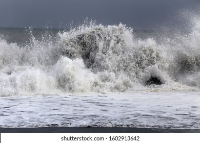 Pacific ocean surf in the spring in Shizuoka, Japan