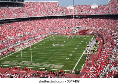 Packed stadium for an Ohio State football game
