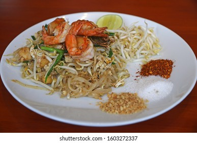 Pad Thai famous Thai food, Fried noodle with shrimp, vegetable, tofu, egg and sweet sauce