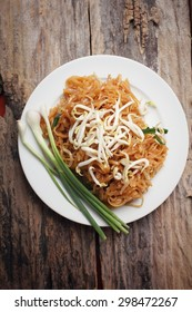 Pad thai make of fried rice noodles