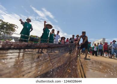Padang, West Sumatra,Indonesia - 9 September 2016 - Maelo Pukek - Trawl Drawing, traditional trawl drawing from padang west sumatra