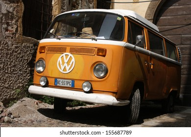 PADUA, ITALY - SEPTEMBER 17: VW Transporter T2 van parked on September 17, 2009 in Padua, Italy. The famous van is currently considered a classic oldtimer, popular with collectors.