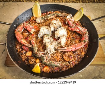 Paella with spider-crab