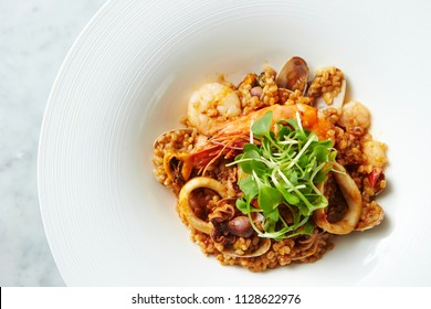 Paella, Valencian rice dish