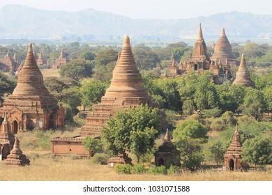 pagodas in bagan myanmar unesco heritage site anandapaya,mount popa,Shwezigon,Gawdawpalin,Sulamani,Thatbyinnyu,ananda Seinnyet sister ,Bupaya,Mahabodhi,Htilominlo,Mingalazedi temple,hot air balons