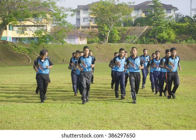 Pahang, Malaysia - 05 mac 2016 : School student do some warming up before learn  physical education subject for sport development and healthy life style from national sport council projects in school