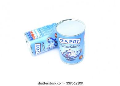 Pahang, Malaysia - 16 November 2015 : Tea Pot Kremer Manis product of Malaysia. One of popular brand creamer.