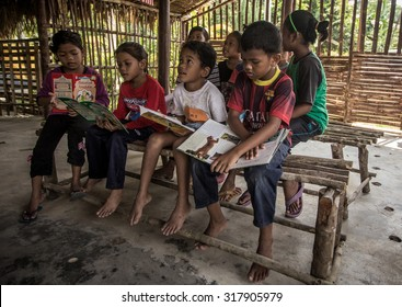 PAHANG, MALAYSIA - 3 APRIL : Aborigine students in their bamboo classroom on April 3 2014.