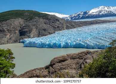 PAINE N.P., CHILE - NOV 11,2006 : the ice front of the Grey glacier flows into the homonymous lake