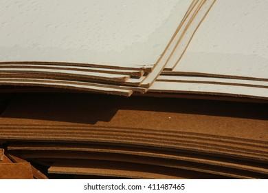 Painted wet hardboard sheet