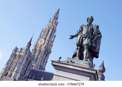 Painter of the classical painter 'Peter Paul Reubens' with the 'Cathedral of Our Lady' in Antwerp, Begium