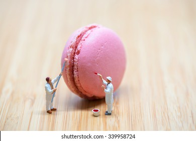 Painters coloring macaroon. Macro photo