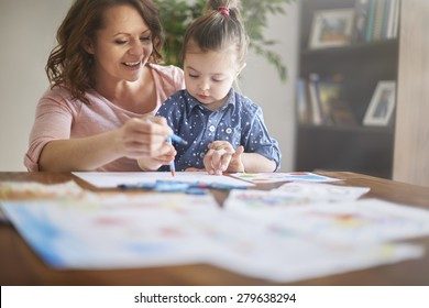 Painting a pictures with mom