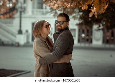 wann umarmt ein mann eine frau
