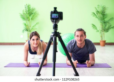 Pair recording sports video for vlog