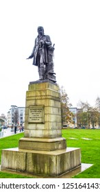 Paisley, Glasgow, Scotland, UK; November 18th 2018: Statue of Alexander Wilson, ornithologist and poet, in front of Paisley Abbey.