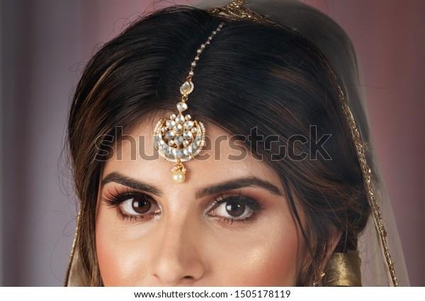 Pakistani Indian Bridal Wearing Wedding Tikka Stock Photo Edit