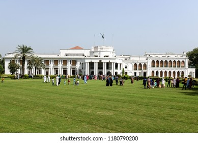 Pakistan,Lahore, Peoples visit the Governor's House in Lahore on September 16, 2018, after government decided to open it to the public.