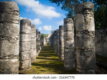 Palace of 1000 pillars in mayan city of  Chichen-Itza, Mexico