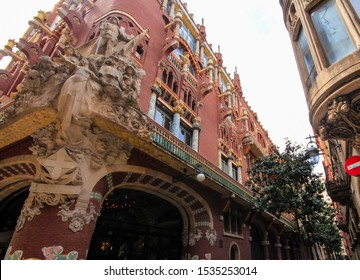 Palace called Palau De La Musica Orfeo Catala, Barcelona, Catalonia, Spain
